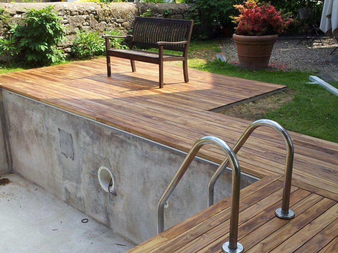 Parquet per piscine soriano pavimenti in legno - Pavimenti bordo piscina in legno ...
