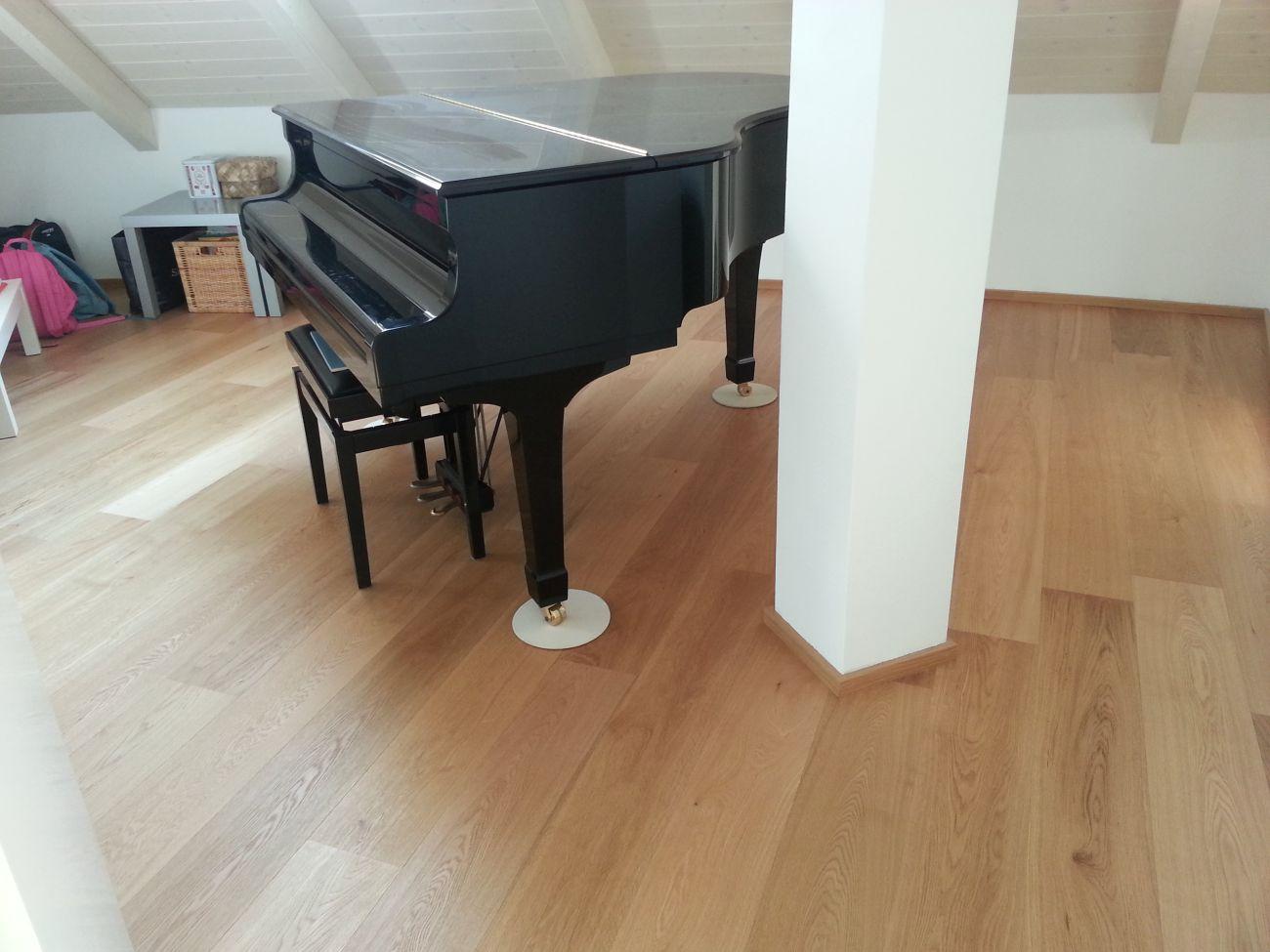 Prodotti per la pulizia del parquet soriano pavimenti in for Pulizia parquet