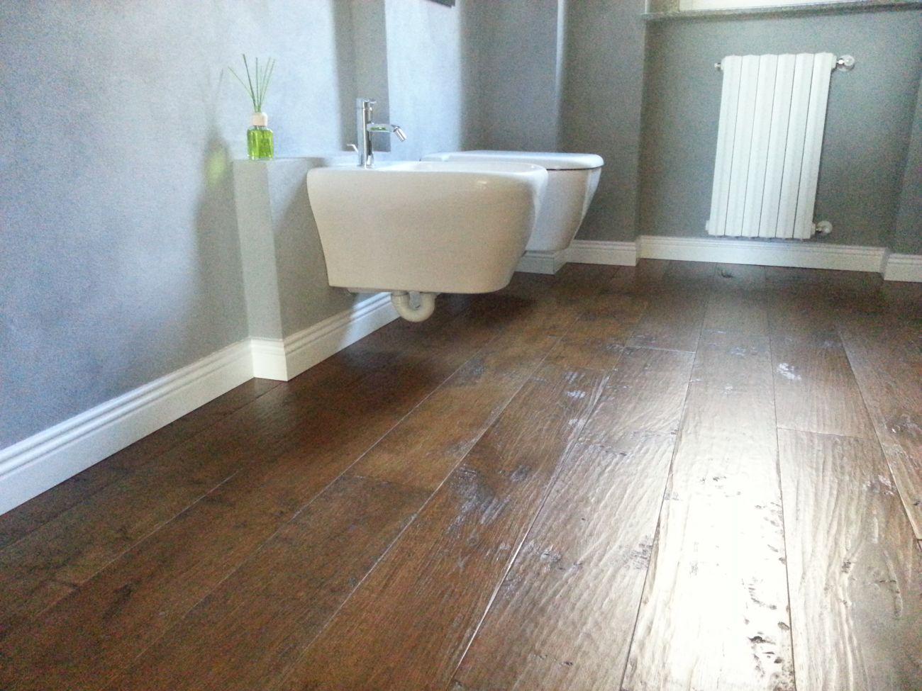 Parquet per piscine soriano pavimenti in legno for Pavimenti a mosaico per interni